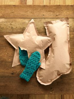 54eb189d588a4_-_crafts-kraft-paper-stockings-0114-s2