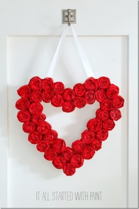 tissue-paper-rosette-valentine-day-wreath-3-2_thumb1