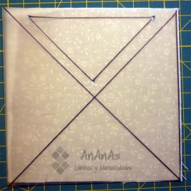 cuadrado-de-cuatro-triangulos-dibujar-primer-triangulo